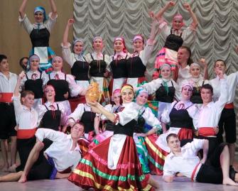 Народный коллектив ансамбль народного танца «КАРУСЕЛЬ»